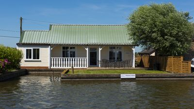 Photo for Thurne View | Sleeps 6