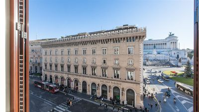 Photo for Prestigious apartment with view on Piazza Venezia | Piazza Venezia View Luxury Apartment
