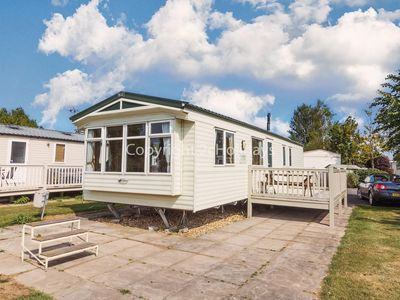 Photo for 8 berth caravan for hire Southview Holiday park Skegness ref 33086