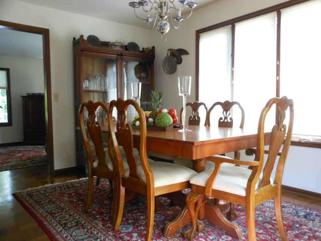 Four Bedroom House family friendly four bedroom house with poo - vrbo