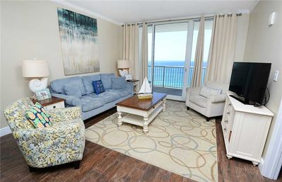 A bright and welcoming home away from home - Majestic 1803 West is a bright and comfortable condo designed to make the most of the views afforded by its convenient location.