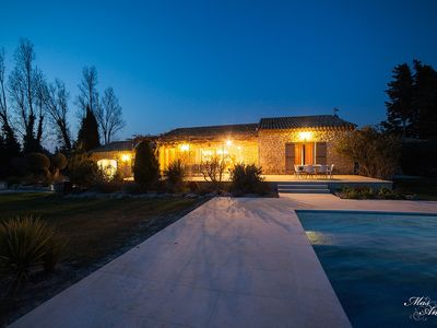 Photo for Villa With Heated Pool 5 Min To Avignon And Saint Remy De Provence