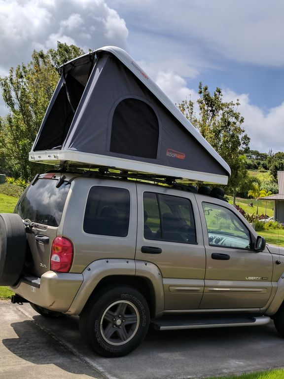 Jeep Renegade With Hard Shell Roof Top Tent For 2 Kahului