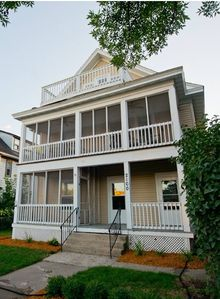 Photo for Romantic Artist's Loft - 2 Bedroom 1 Bath - Uptown - Close to Downtown and Lake