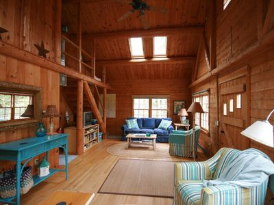 Photo for 4 Stars-cedar cottage-Pemaquid Trail-150 steps to white sandy beach