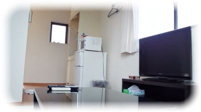 It is a room with a feeling of cleanliness based on white.