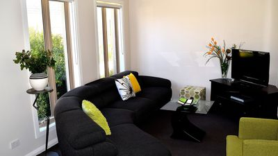 Photo for 3 Bedroom Deluxe Townhouse in Williamstown