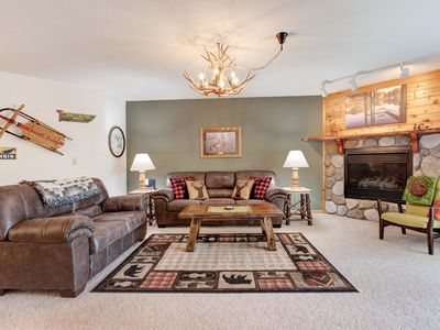 Photo for Dog-friendly lakefront condo w/ gas fireplace, dock & firepit!