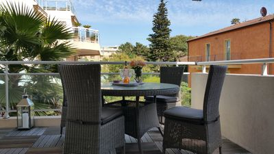 Photo for Comfort. 100m from the beach pool terrace furnished immence Clim Wifi Parking