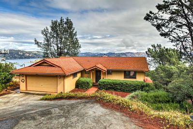 Recharge in this vacation rental home overlooking Clear Lake.