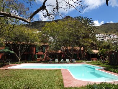 Photo for Country house with pool and private garage. Beautiful views of the mountain.