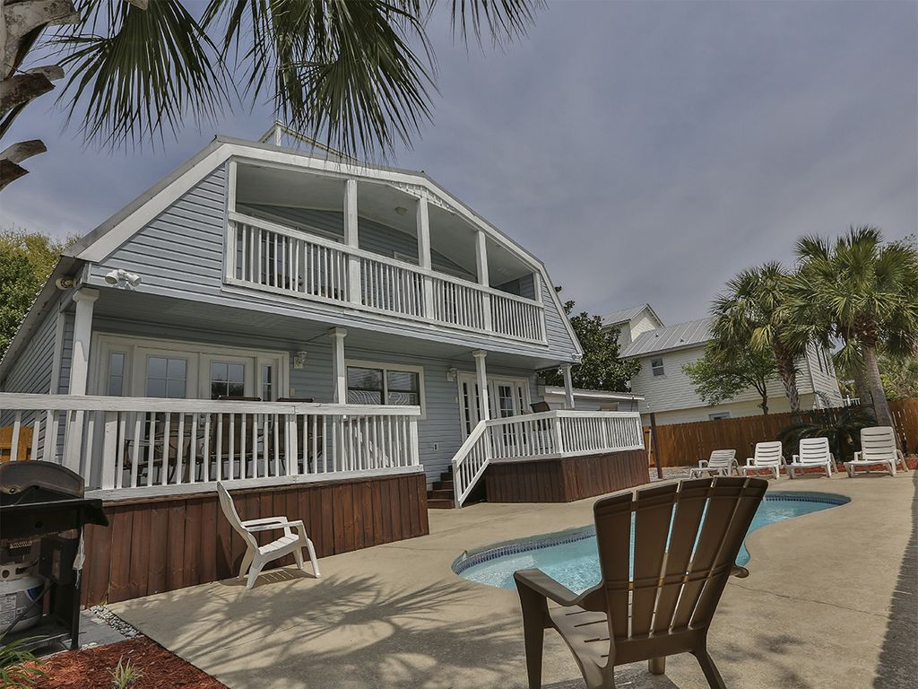 Always summer crystal beach steps to the vrbo for 9 bedroom rental destin florida