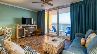 Photo for Lovely upscale condo @ Emerald w/ Gorgeous ocean views! Free Parking & WiFi!