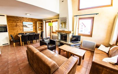 Photo for Luxury chalets (8p). 4 bedrooms and 3 bathrooms. In center of Saint François Longchamp ski in & out.