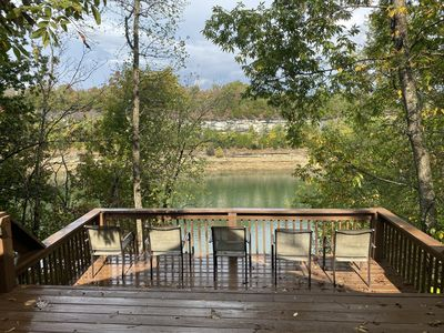 Lakefront Cabin: Private Water Access, Boat Parking, Lake View & Wi-Fi