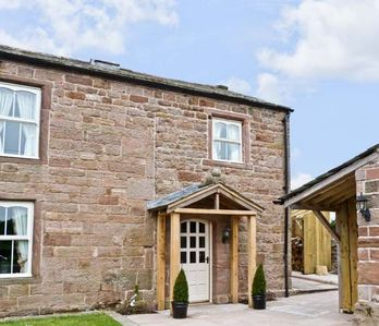 Photo for THE COW BYRE, luxury holiday cottage in Barras, Ref 7512