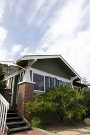 Family Friendly Upper East Craftsman Home, Walk To Downto