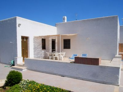 Photo for House with garden 600m from the beach and the turquoise blue sea of Salento!