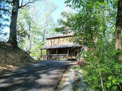 Welcome to Tiffany Ridge Vacation Cabin in the Smoky Mountains!