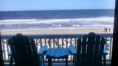 Newly re- nourished beachfront! Enjoy the awesome view from the balcony!