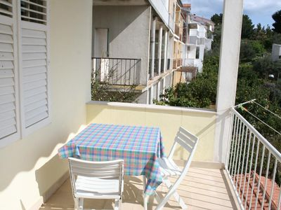 Photo for One bedroom apartment with terrace and sea view Podgora (Makarska) (A-2615-b)