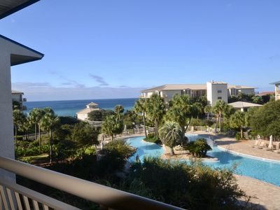 "Photo for Top floor, End unit 3BR/3BA w/amazing Gulf/Pool Views. ""High on Life"" Sleeps 10"