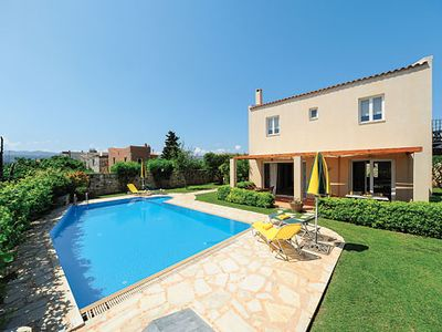 Photo for Family villa w/ extensive outside space, pool and spacious accommodation