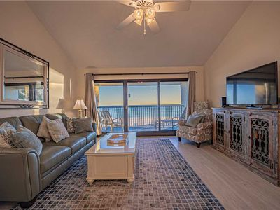 Photo for 316- Gorgeously remodeled, GULF FRONT, great view condo. Destin Beach Club