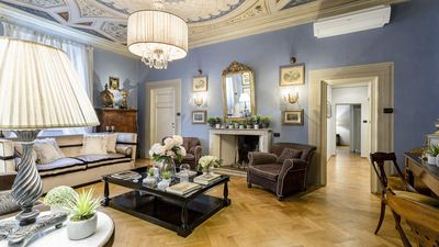 Photo for Elegant and Homey 4 Bedrooms Apartment, Air Conditioning within the Lucca Walls