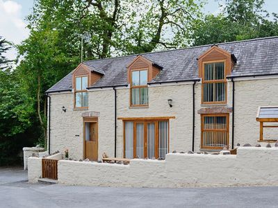 Photo for 3 bedroom property in Laugharne and Llansteffan. Pet friendly.