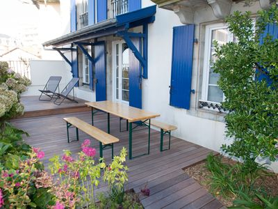Photo for Biarritz, Walk to the beach !  Cute cottage above Côte des Basques