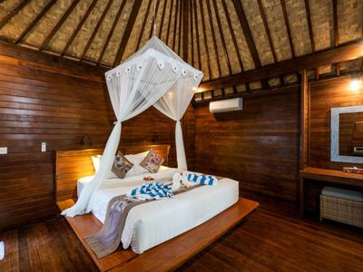 Photo for Classic Wooden Cottage in T Junction Lembongan, Good Location