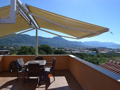 Photo for Stunning View Apt with Pool and Panoramic Terrace close to Trogir and Split