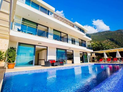 Photo for Stylish 6 Bedroom Villa, Hillside location with stunning panoramic views