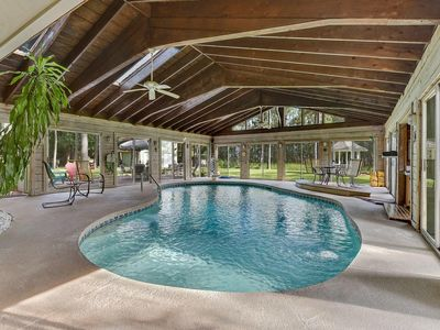 Photo for 4br/2.5ba Quiet House on the Marsh with Fully Enclosed Private Pool