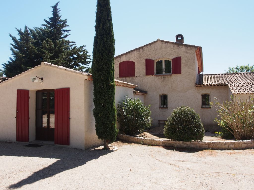 In aix en provence charming and family home aix en for Provence home