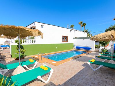Photo for 3 bedroom villa with private pool near the beach, overlooking the sea.