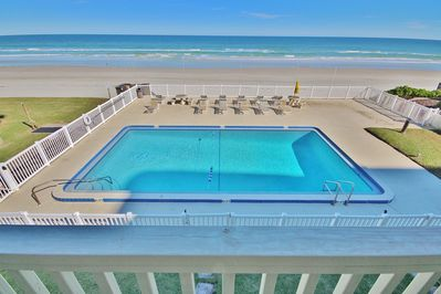 Direct Oceanfront Balcony