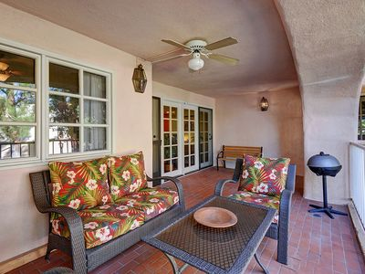 "Photo for Beautiful ""Tommy Bahama"" Deauville Condo in Downtown Palm Springs+Mountain Views+Tennis Courts!"