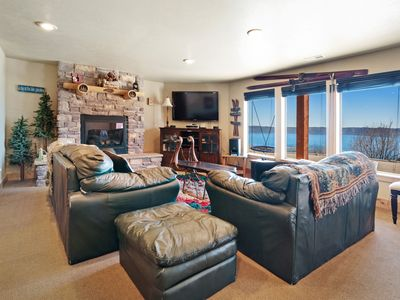 Photo for Roomy & luxurious lodge w/ a covered deck, private hot tub, games, & Ping-Pong