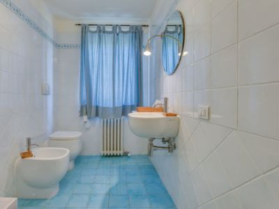 Photo for House in the center of Lamporecchio with Parking, Internet, Washing machine, Pool (117003)