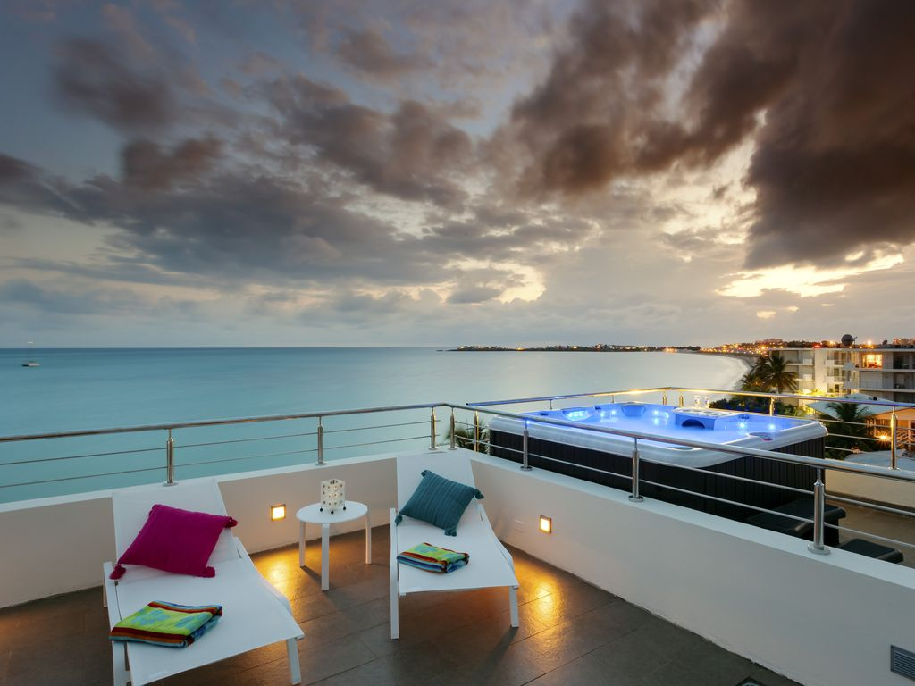 TOP OF THE ART PENTHOUSE 3 Floors, 4 Terraces, 360 degrees view, on ...