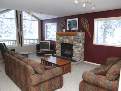 Photo for 4 Bedroom Ski To Lift Thunder Ridge Condo With Private Hot Tub