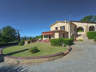 Photo for Suite Apartment Azalea. Swimming pool, beautiful panoramic view of the Chianti hills