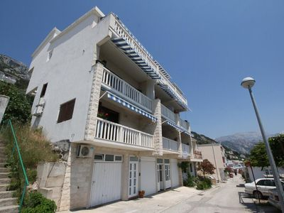 Photo for One bedroom apartment with balcony and sea view Pisak (Omiš)