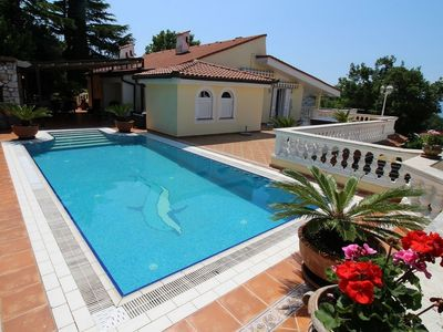 Photo for Superb villa with private pool, spacious sea view terrace, open kitchen, garden