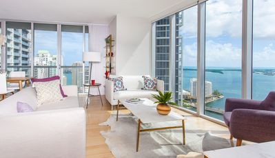 Photo for OVERLOOKING THE OCEAN, 2/2 LUXE CORNER CONDO. FREE: POOL, SPA, GYM, 50Mb WI-FI