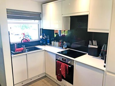 Photo for Loved, modern 2 bed house, fast trains to city