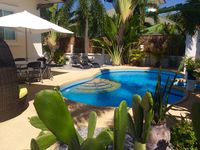 The house, pool and garden are wonderful. The development is safe and also has a small restaurant