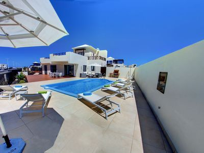 Photo for Villa Sabela with Sea View heated pool 300 m from the promenade